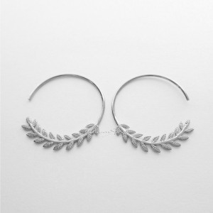 950 Platinum 1 Inch Leaf Feather Nature Love Hoop Earrings Fine Jewelry