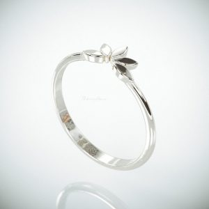 950 Platinum Flower Design Band Ring Fine Jewelry Size - 3 to 8 US